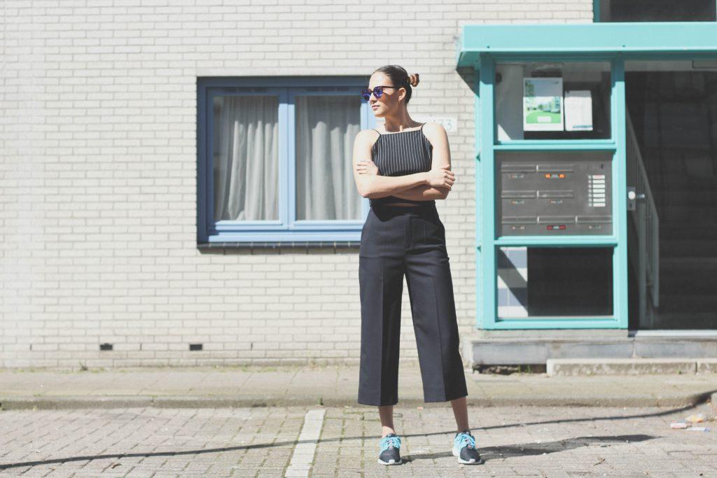 outfit post zara crop top dika culottes japanese nike roche run bulgarian fashion blog quite a looker www.quitealooker.com