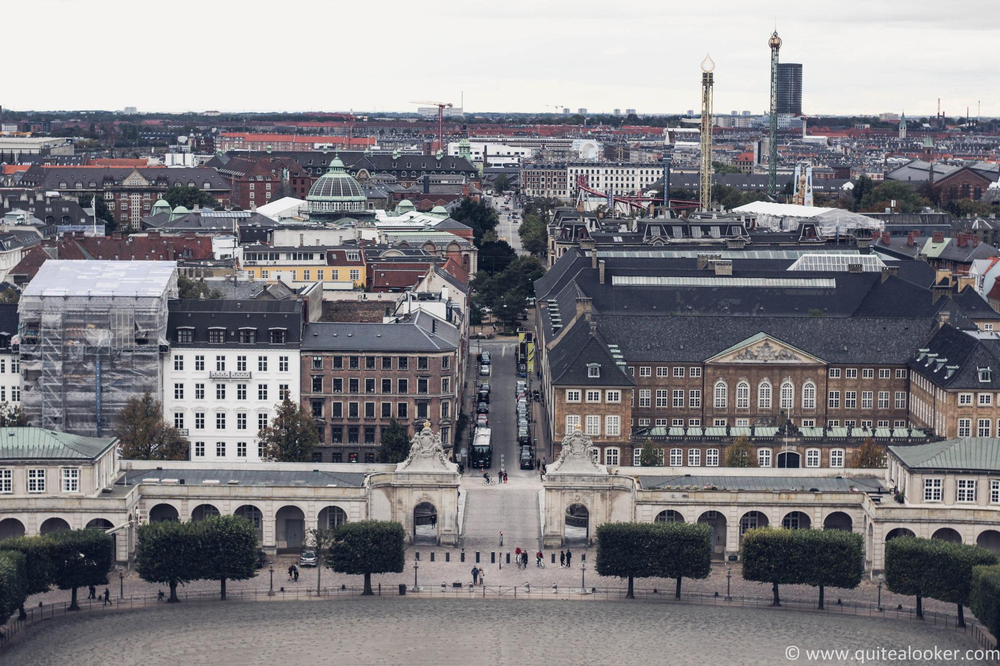 Пътеводител Копенхаген, Дания Какво да посетим в Copenhagen, забележителности в Дания, пътепис Копенхаген, българи в Дания, кула Тарнет, дворец Кристиансборг, кралска библиотека, статуя на малката русалка, Ханс Кристиян Андерсен, Копенхаген през есента