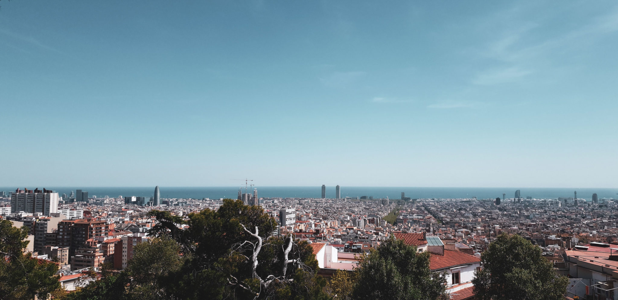 Barcelona travel guide by Michaella and Lina from Bulgarian lifestyle blog Quite a Looker / View from Park Güell