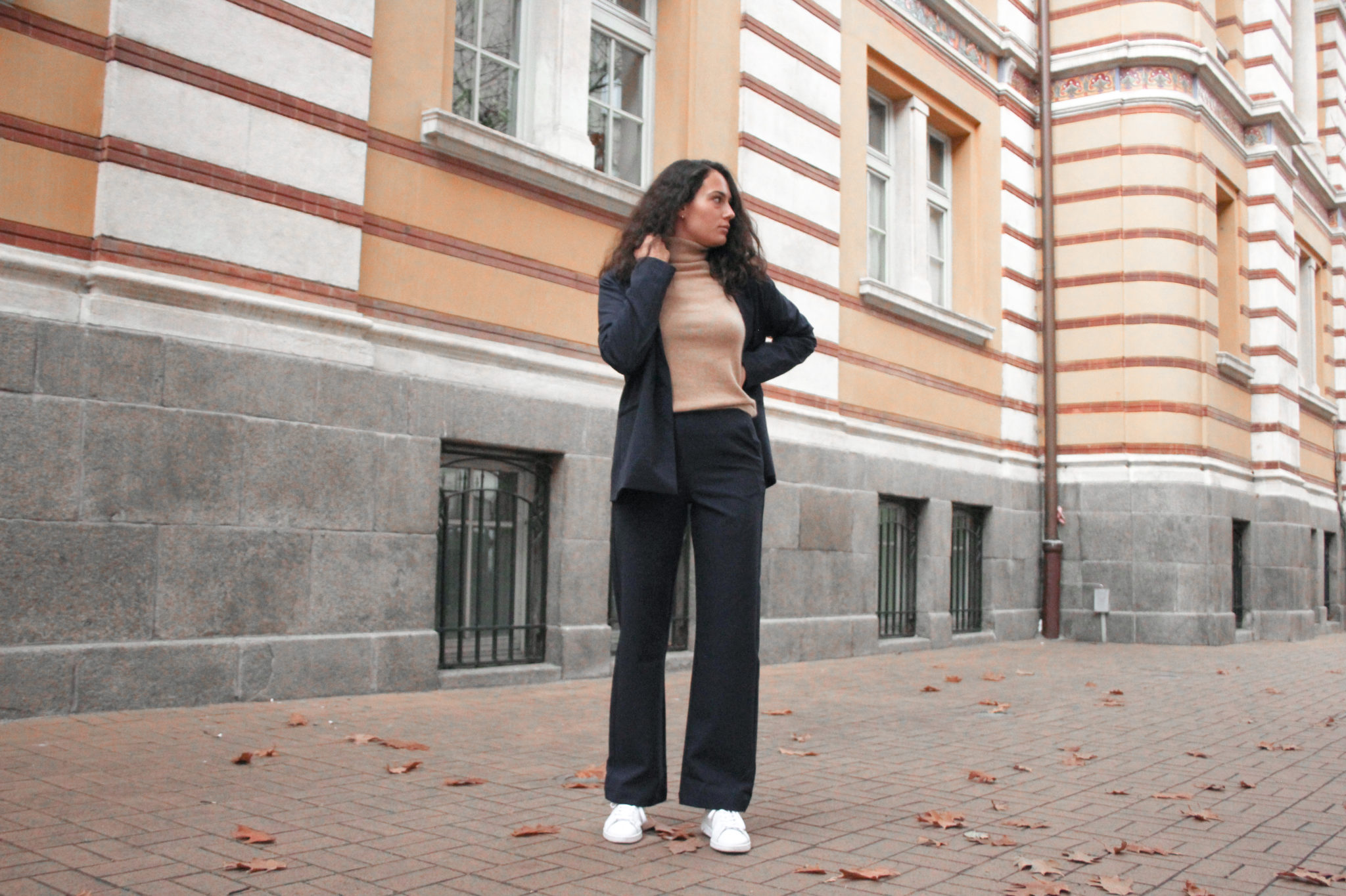 Basic apparel dark blue suit Madison pants and Maimari blazer outfit post by Bulgarian blogger Michaella from Quite a Looker