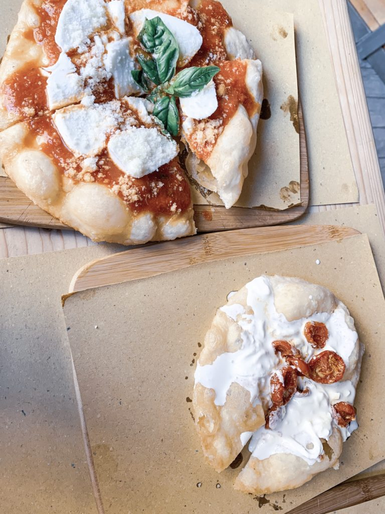 where to eat in rome on a budget bulgarian travel blogger travel guide pizza fritta in ce stamo a pensa